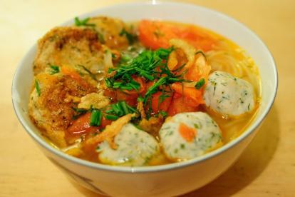Tới Nha Trang ăn bún cá sứa tuyệt ngon