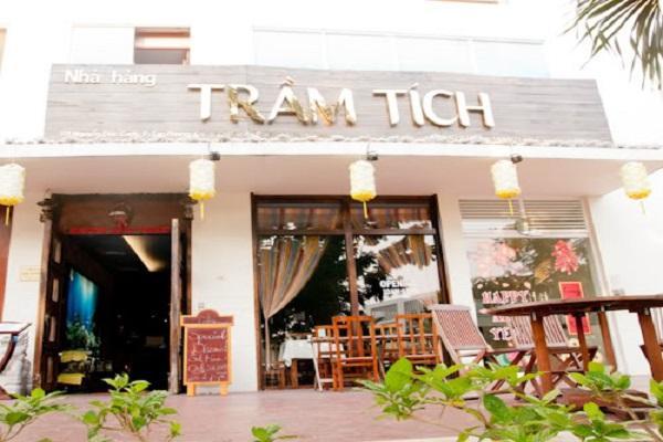 Nhà hàng Trầm Tích