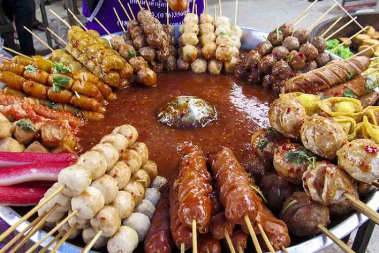 Không ăn một mình và nét văn hóa ẩm thực Thái Lan